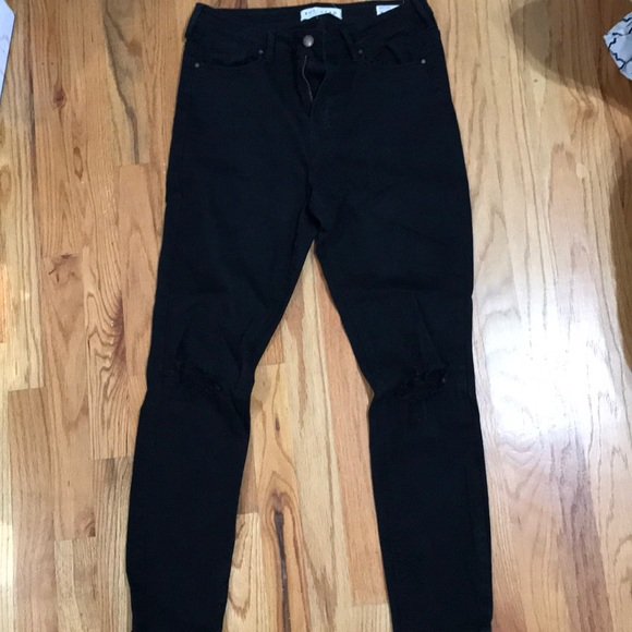 PacSun Pants - Highwaisted Black Jeans with Rips in Knees 35ba7c678370